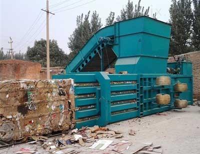 湖北咸宁卧式半自动废纸箱打包机热卖品牌